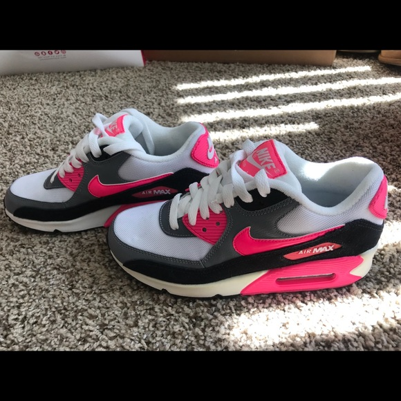 Women's Nike Air Max 90